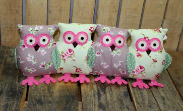Decorative Four Owl Doorstop Small Draught Draft Excluder